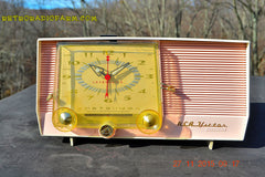 SOLD! - Dec 14, 2015 - BLUETOOTH MP3 READY - Pink and White Retro Jetsons Vintage 1957 RCA C-4FE AM Tube Clock Radio Totally Restored! , Vintage Radio - RCA Victor, Retro Radio Farm  - 8