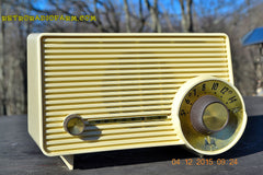 SOLD! - Jan 13, 2016 - IVORY Mocha Dragster Mid Century Retro Jetsons 1957-58 Motorola 5T22W Tube AM Radio Near Mint! , Vintage Radio - Motorola, Retro Radio Farm  - 2