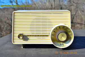 SOLD! - Jan 13, 2016 - IVORY Mocha Dragster Mid Century Retro Jetsons 1957-58 Motorola 5T22W Tube AM Radio Near Mint! - [product_type} - Motorola - Retro Radio Farm