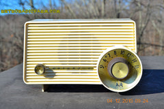 SOLD! - Jan 13, 2016 - IVORY Mocha Dragster Mid Century Retro Jetsons 1957-58 Motorola 5T22W Tube AM Radio Near Mint! , Vintage Radio - Motorola, Retro Radio Farm  - 3