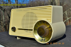 SOLD! - Jan 13, 2016 - IVORY Mocha Dragster Mid Century Retro Jetsons 1957-58 Motorola 5T22W Tube AM Radio Near Mint! , Vintage Radio - Motorola, Retro Radio Farm  - 1