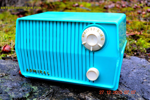 SOLD! - Feb 19, 2016 - BLUETOOTH MP3 READY - DEFINITELY TURQUOISE Mid Century Vintage 1959 Emerson Model 4L2A Tube Radio