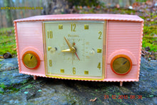 Load image into Gallery viewer, SOLD! - Mar 5, 2016 - PINK MARTINI Vintage Mid Century Retro Jetsons 1959 Bulova Model 170 Tube AM Clock Radio WORKS! , Vintage Radio - Bulova, Retro Radio Farm  - 5