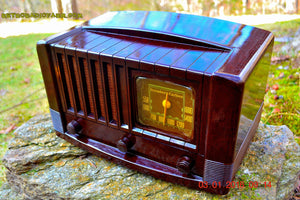 SOLD! - Feb 14, 2016 - BIG BROWN BAKELITE Art Deco Vintage Industrial Age 1948 Stromberg Carlson Model 1100 Tube Radio Totally Restored - [product_type} - Stromberg Carlson - Retro Radio Farm