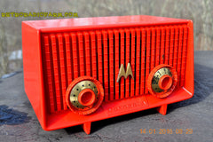 Motorola 56R Bright Red 1957 AM Tube Radio Mid Century Vintage Rare! Works Great! , Vintage Radio - Motorola, Retro Radio Farm  - 6