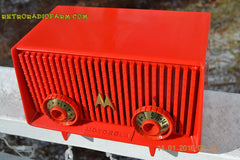 Motorola 56R Bright Red 1957 AM Tube Radio Mid Century Vintage Rare! Works Great! , Vintage Radio - Motorola, Retro Radio Farm  - 2