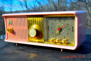 SOLD! - Mar 3, 2016 - MARILYN PINK Retro Jetsons 1957 Motorola 57CC Tube AM Clock Radio Totally Restored! , Vintage Radio - Motorola, Retro Radio Farm  - 10