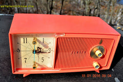 SOLD! - Apr 15, 2016 - BLUETOOTH MP3 Ready - Salmon Pink Mid Century Jetsons 1959 Zenith Model E514A Tube AM Clock Radio Works Great! , Vintage Radio - General Electric, Retro Radio Farm  - 6