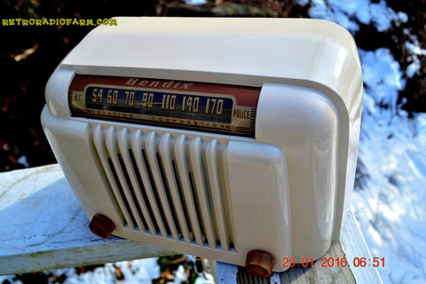 SOLD! - Jan 29, 2016 - BLUETOOTH MP3 READY - Smart Looking 1947 Ivory Bendix Aviation Model 526A Bakelite AM Tube AM Radio Totally Restored!