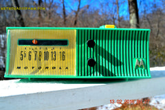 SEA GREEN Mid Century Retro Jetsons 1957 Motorola 56H Tube AM Radio Works! , Vintage Radio - Motorola, Retro Radio Farm  - 5