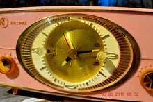 Load image into Gallery viewer, PINK CYCLOPIC Vintage Mid Century Retro Jetsons 1957 Bulova Model 140 Tube AM Clock Radio WORKS! , Vintage Radio - Bulova, Retro Radio Farm  - 8