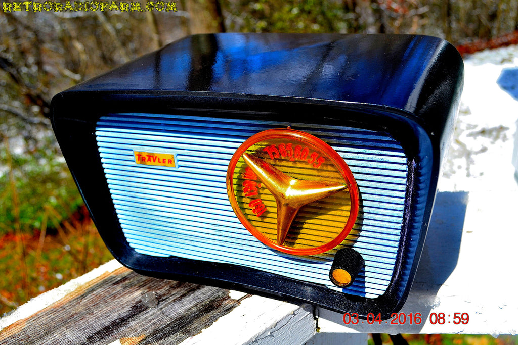 SOLD! - Apr 4, 2016 - BLUETOOTH MP3 READY - SO JETSONS LOOKING Retro Vintage AQUA and BLACK 1959 Travler T-204 AM Tube Radio WORKS! , Vintage Radio - Travler, Retro Radio Farm  - 1
