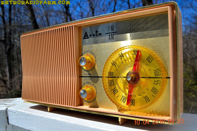MAUVE PINK Retro Mid Century Jetsons Vintage 1962 Arvin Model 2585 AM FM Tube Radio Amazing! - [product_type} - Arvin - Retro Radio Farm