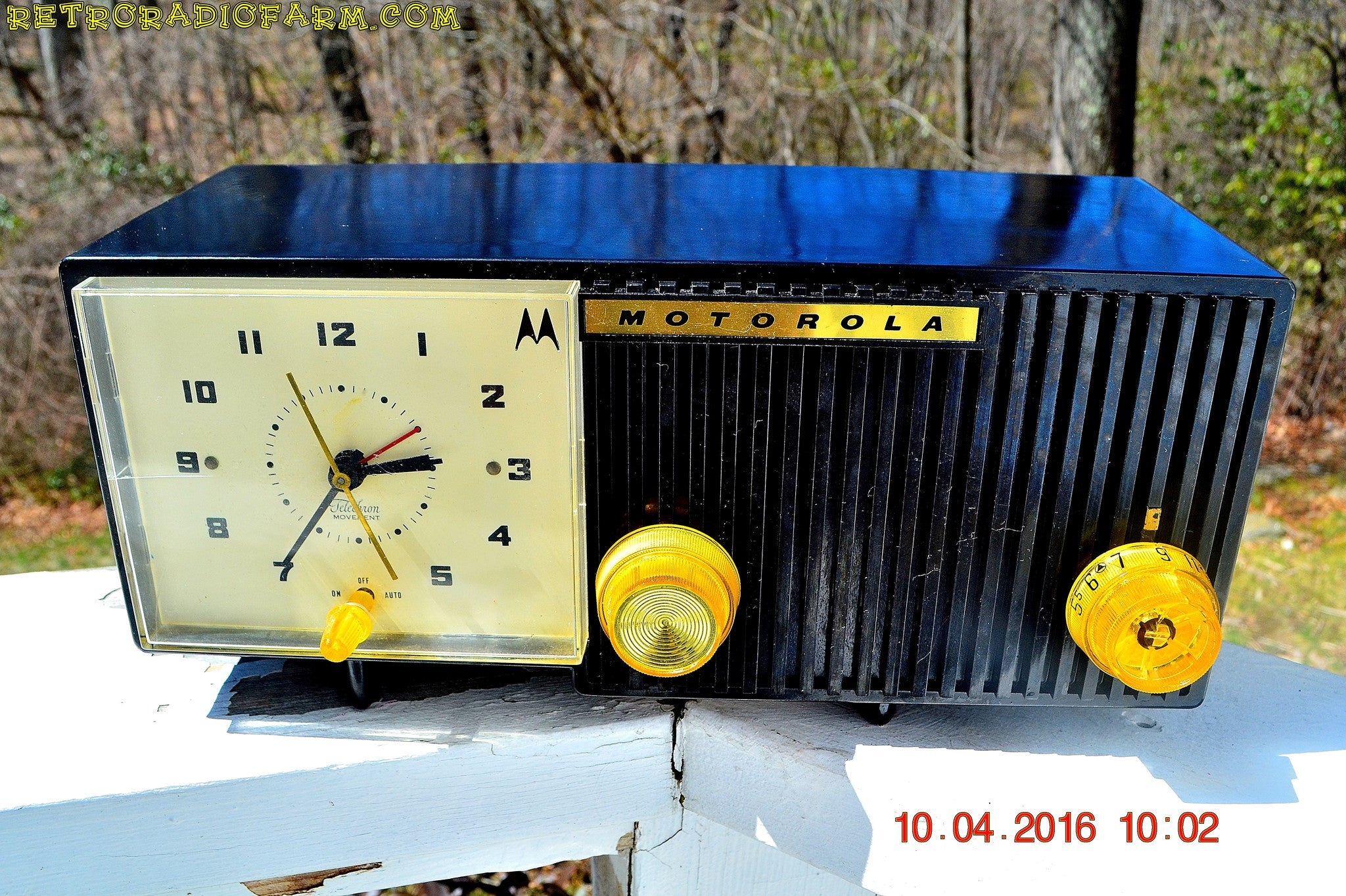 SOLD! - May 11, 2016 - BLUETOOTH MP3 Ready - EBONY Mid Century Retro Jetsons 1959 Motorola 5C11E Tube AM Clock Radio Totally Restored! - [product_type} - Motorola - Retro Radio Farm