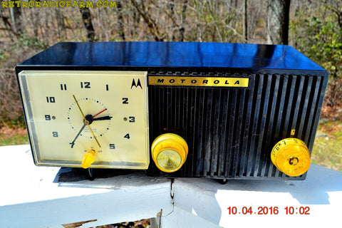 SOLD! - May 11, 2016 - BLUETOOTH MP3 Ready - EBONY Mid Century Retro Jetsons 1959 Motorola 5C11E Tube AM Clock Radio Totally Restored!