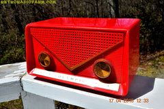 SOLD! - Apr 21, 2016 - FIRE ENGINE Red Mid Century Retro Jetsons 1959 Olympic Model 550-551 Tube AM Radio Works! , Vintage Radio - Olympic, Retro Radio Farm  - 5