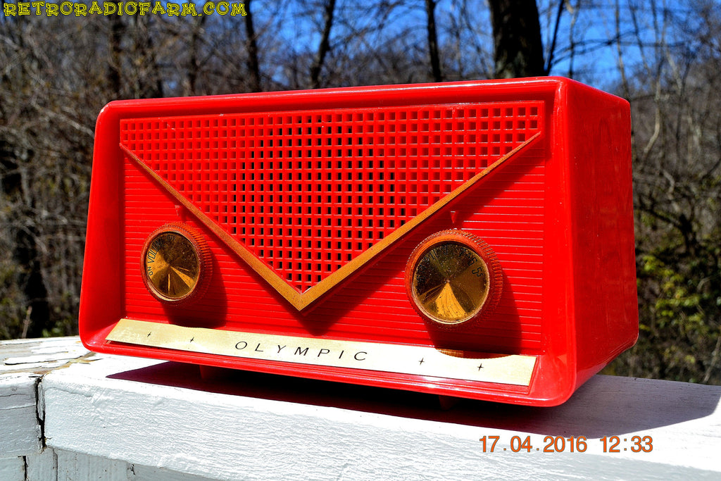 SOLD! - Apr 21, 2016 - FIRE ENGINE Red Mid Century Retro Jetsons 1959 Olympic Model 550-551 Tube AM Radio Works! , Vintage Radio - Olympic, Retro Radio Farm  - 1