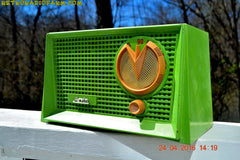 BLUETOOTH MP3 READY - Grasshopper Green Retro Jetsons Vintage 1955 Arvin 951T AM Tube Radio Works Great! , Vintage Radio - Arvin, Retro Radio Farm  - 2