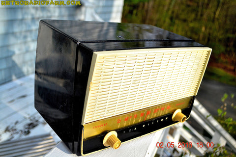 SOLD! - Sept 28, 2016 - BLUETOOTH MP3 READY - Black and White Retro Jetsons Vintage 1954 RCA Victor Model X212 AM Tube Radio Works Great!
