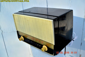 BLUETOOTH MP3 READY - Black and White Retro Jetsons Vintage 1954 RCA Victor Model X212 AM Tube Radio Works Great! , Vintage Radio - RCA Victor, Retro Radio Farm  - 2