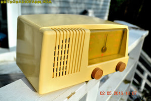 BLUETOOTH MP3 READY - Antique Ivory Mid Century Retro Vintage 1950 General Electric Model 414 AM Tube Radio Totally Restored! , Vintage Radio - General Electric, Retro Radio Farm  - 2