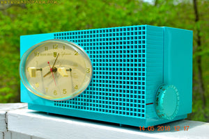 SOLD! - May 24, 2016 - BLUETOOTH MP3 READY - Turquoise Mid Century Retro Jetsons 1956 Sylvania Model 6006 Tube AM Clock Radio Totally Restored! , Vintage Radio - Sylvania, Retro Radio Farm  - 4