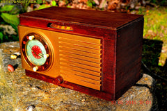 SOLD! - May 24, 2016 - BLUETOOTH MP3 READY - Art Deco 1952 General Electric Model 66 AM Brown Bakelite Tube Clock Radio Totally Restored! , Vintage Radio - General Electric, Retro Radio Farm  - 4