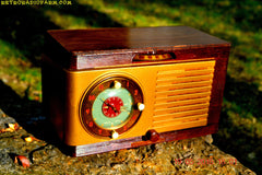 SOLD! - May 24, 2016 - BLUETOOTH MP3 READY - Art Deco 1952 General Electric Model 66 AM Brown Bakelite Tube Clock Radio Totally Restored! , Vintage Radio - General Electric, Retro Radio Farm  - 3