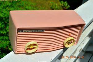 BLUETOOTH MP3 READY - Princess Pink Retro Jetsons 1959 Motorola Model 57R Tube AM Clock Radio Totally Restored! , Vintage Radio - Motorola, Retro Radio Farm  - 6