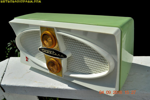 "COOL MINT Green Retro Vintage Mid Century Jetsons 1959 Truetone Western Auto Model DC 2052A AM Tube Radio ""You Snooze You Lose"" model"
