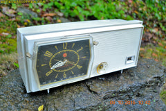 SOLD! - Sept 20, 2017 - PAPER WHITE Mid Century Retro RCA Victor C-4E Clock Radio 1959 Tube AM Clock Radio Works Great!