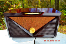 Load image into Gallery viewer, SOLD! - Nov 30, 2017 - ROCKABILLY Retro Vintage 1954 Silvertone Model 3001 AM Tube Radio Works Great!