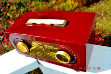 Load image into Gallery viewer, SOLD! - Nov 28, 2016 - MAROON Mid Century Retro Jetsons Vintage 1955 Zenith Model R511-R AM Tube Radio Excellent Condition!