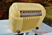 Load image into Gallery viewer, SOLD! - Dec 3, 2016 - SMART LOOKING 1947 Ivory Bendix Aviation Model 110W Bakelite AM Tube AM Radio Works Great! - [product_type} - Bendix Aviation - Retro Radio Farm