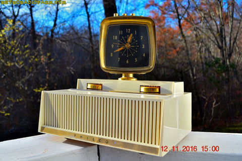 SOLD! - Dec 25, 2016 - PLAN 9 FROM OUTER SPACE 1958 Philco Predicta Model H765-124 Tube AM Clock Radio - Iconic~!