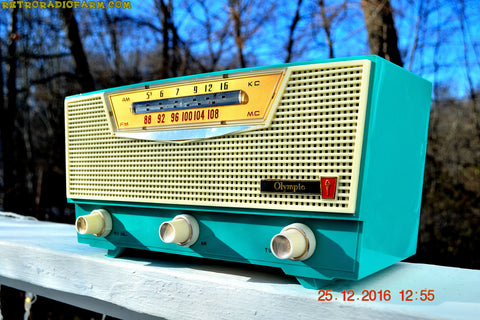 AQUAMARINE AM/FM Retro Vintage Mid Century Olympic Model FM-15 Tube Radio Rare, Functional and Near Mint Condition!
