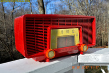 Load image into Gallery viewer, SOLD! - Jan 8, 2017 - CARDINAL RED Retro Space Age 1955 Sylvania Model 518 Tube AM Radio Excellent Condition! - [product_type} - Sylvania - Retro Radio Farm