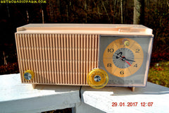 ROSE PINK Mid Century Vintage Retro Antique 1962 RCA Victor Model RGD20R Tube AM Clock Radio Sounds Great!