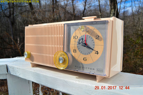 SOLD! - Dec 15, 2017 - ROSE PINK Mid Century Vintage Retro Antique 1962 RCA Victor Model RGD20R Tube AM Clock Radio Sounds Great!