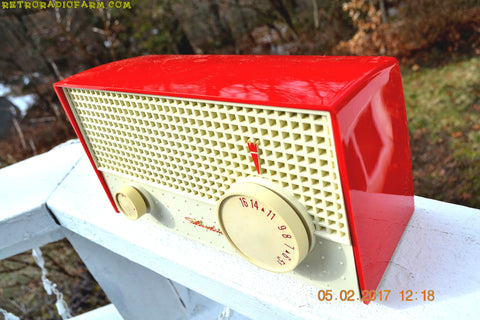 RED And White Mid Century Antique Retro 1959 Silvertone Model 1003 AM Tube Radio Works Great!