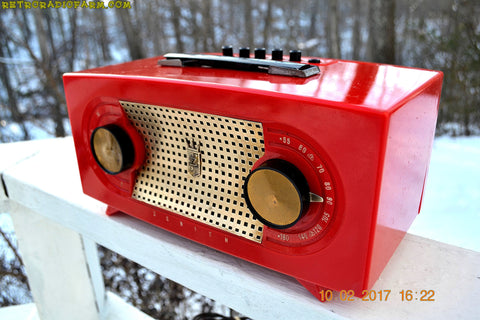 CANDY APPLE RED Mid Century Retro Jetsons Vintage 1955 Zenith Model R511-F AM Tube Radio Excellent Condition!