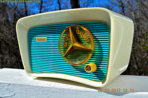 SOLD! - June 5, 2017 - SO JETSONS LOOKING Retro Vintage Turquoise and White 1959 Travler Model T-204 AM Tube Radio Near Mint! - [product_type} - Travler - Retro Radio Farm