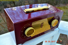 Load image into Gallery viewer, SOLD! - Mar 16, 2017 - MAROON Mid Century Retro Jetsons Vintage 1955 Zenith Model R511-R AM Tube Radio Excellent Condition! - [product_type} - Zenith - Retro Radio Farm
