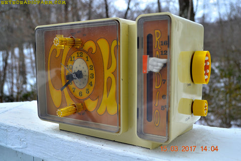 GROOVY Retro Solid State 1970's General Electric C3300A AM Clock Radio Alarm Works!