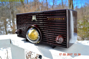 SOLD! - Nov 29, 2017 - ESPRESSO Mid Century Retro Jetsons 1957 Motorola 56H Turbine Tube AM Radio Marbled! - [product_type} - Motorola - Retro Radio Farm