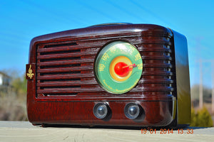 SOLD! - June 6, 2014 - BEAUTIFUL Retro Vintage 1950 Emerson 642A Bakelite AM Tube Radio WORKS! , Vintage Radio - Emerson, Retro Radio Farm  - 3