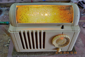 SOLD! - Feb 16, 2016 - BEAUTIFUL Retro Vintage 1959 Mitchell Model TSB47  Tube AM Radio Bed Lamp Totally Restored! - [product_type} - Mitchell - Retro Radio Farm