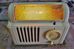 SOLD! - Feb 16, 2016 - BEAUTIFUL Retro Vintage 1959 Mitchell Model TSB47  Tube AM Radio Bed Lamp Totally Restored! , Vintage Radio - Mitchell, Retro Radio Farm  - 3