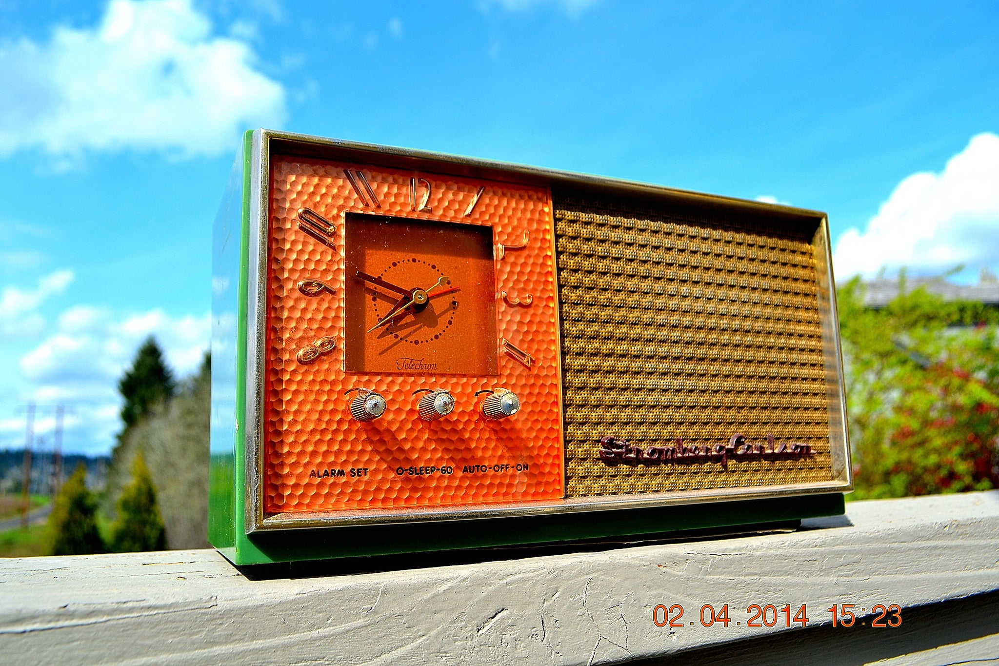 SOLD! - May 28, 2014 - BEAUTIFUL GREEN AND COPPER Retro Jetsons 1950's Stromberg Carlson C-5 Tube AM Clock Radio WORKS! , Vintage Radio - Stromberg Carlson, Retro Radio Farm  - 1