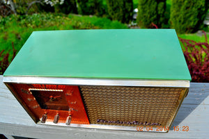 SOLD! - May 28, 2014 - BEAUTIFUL GREEN AND COPPER Retro Jetsons 1950's Stromberg Carlson C-5 Tube AM Clock Radio WORKS! , Vintage Radio - Stromberg Carlson, Retro Radio Farm  - 6